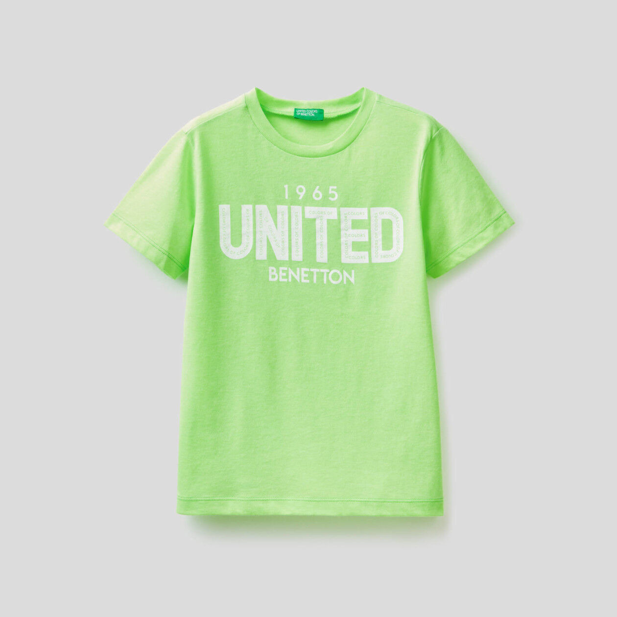 T-Shirt in Neonfarbe