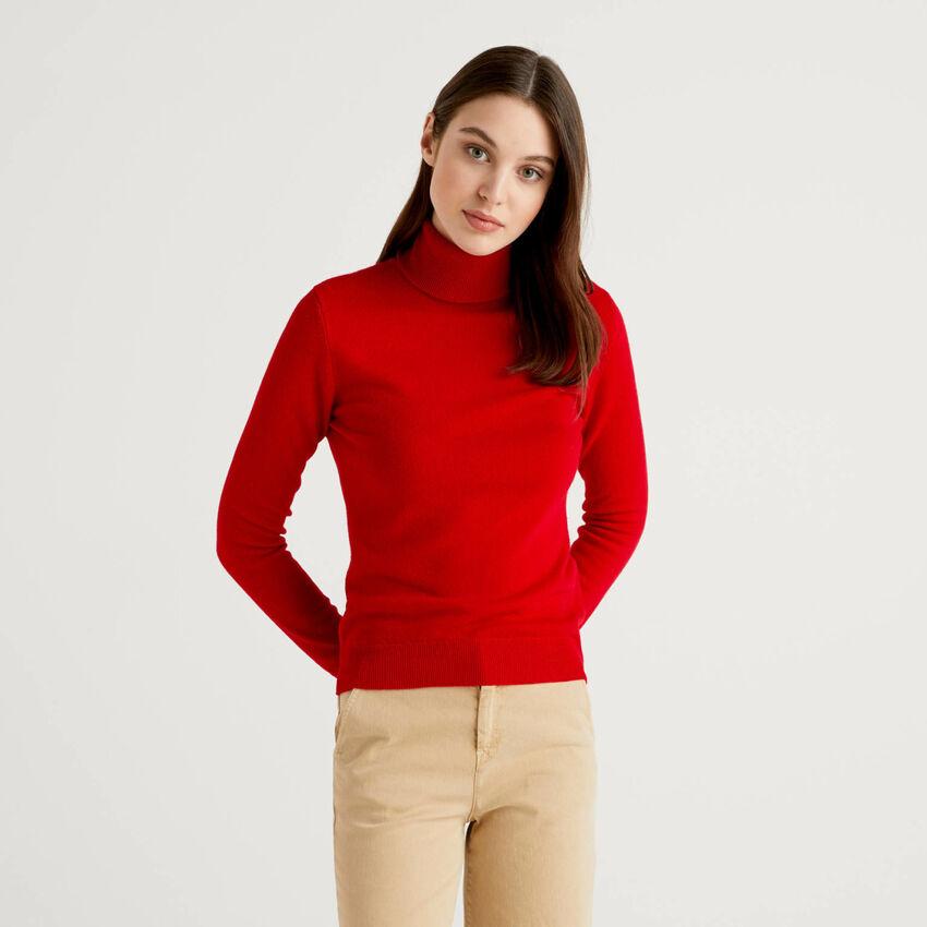 Pull chaud rouge à col roulé en pure laine vierge