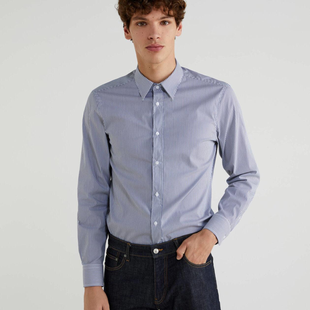 Durchgefärbtes Slim Fit-Hemd