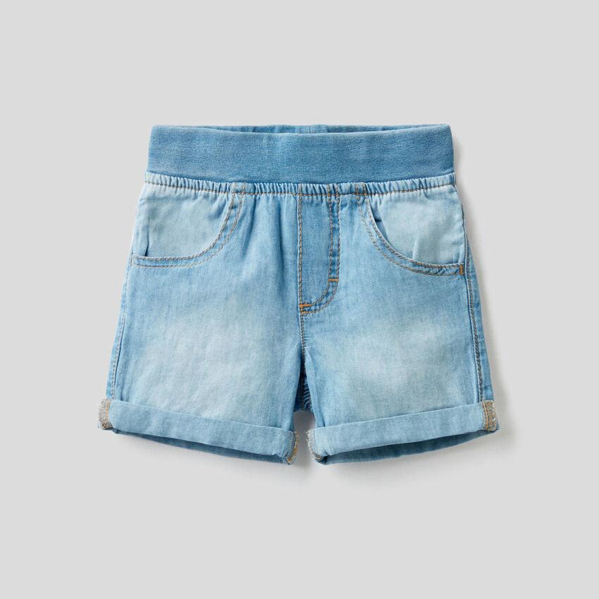 Bermuda effet jeans avec taille stretch