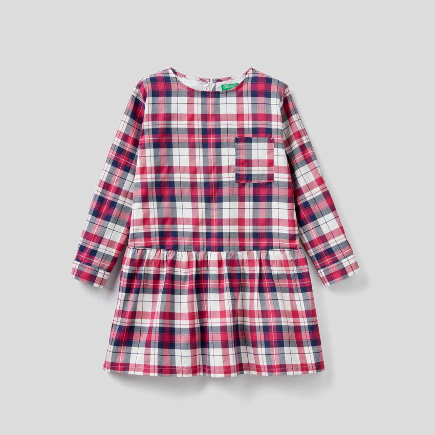 Kariertes Kleid aus einer Baumwollmischung
