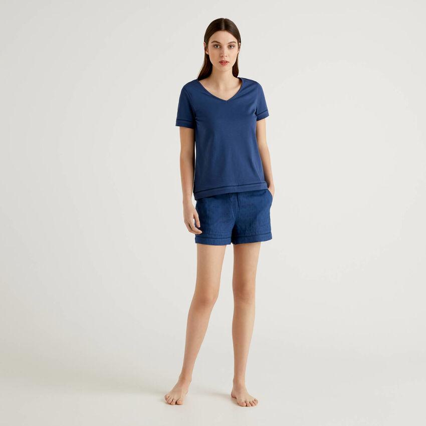 Pyjamas with t-shirt and shorts
