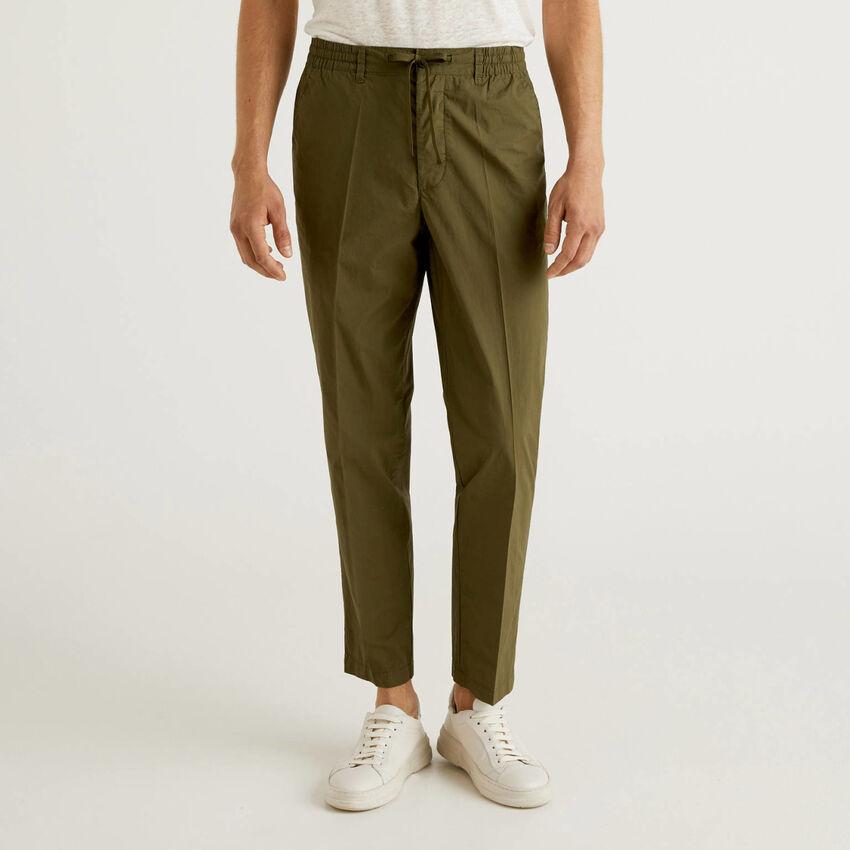 Pantalon léger avec cordon de serrage