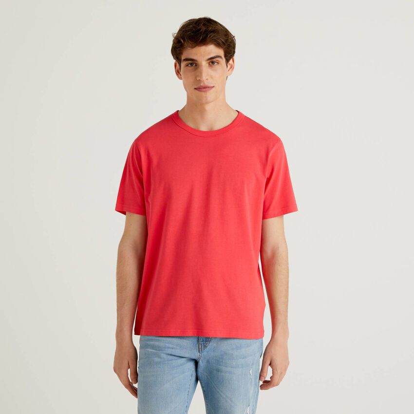 Red 100% cotton t-shirt with print