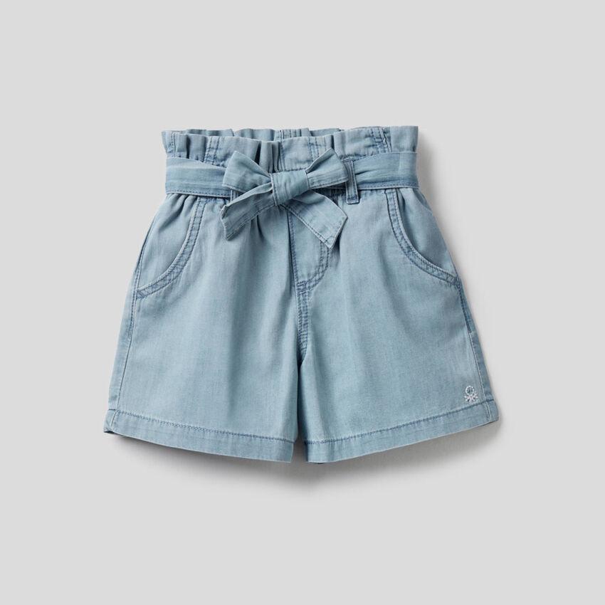 Shorts aus 100% Baumwolle mit hohem Bund