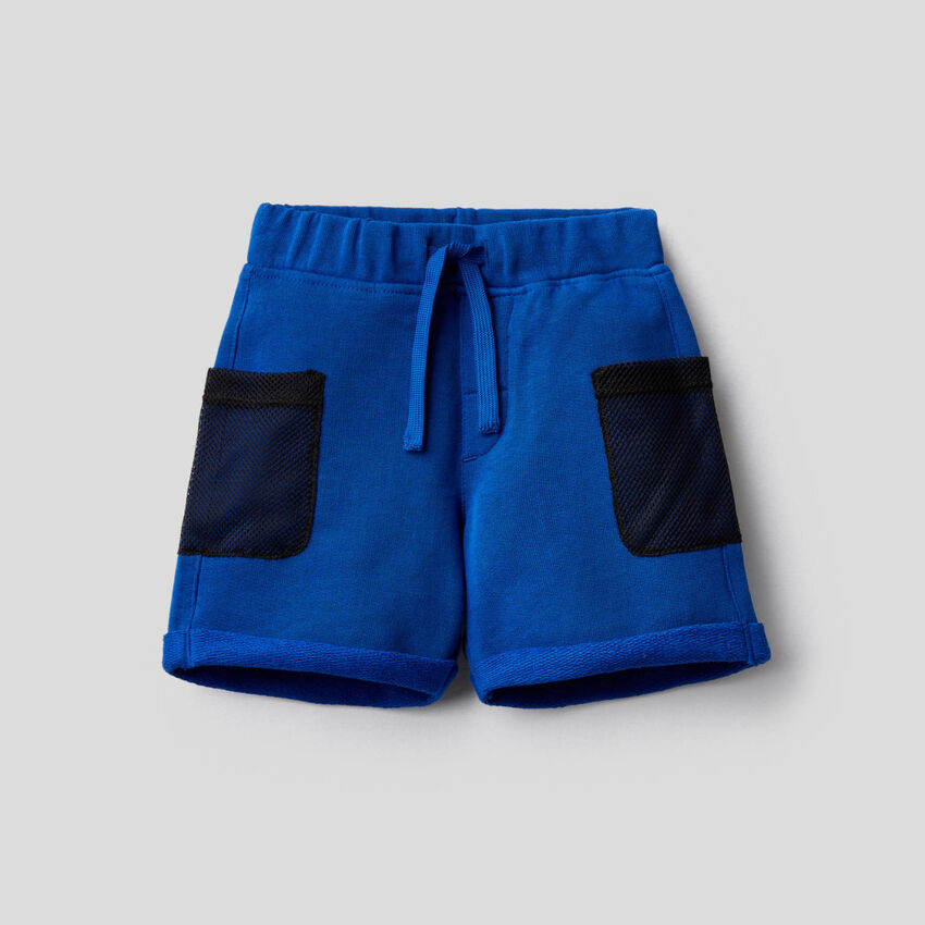 Bermuda en molleton avec poches en mesh