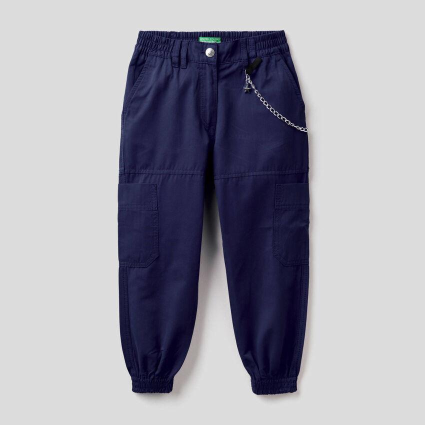 Pantalon cargo avec chaine