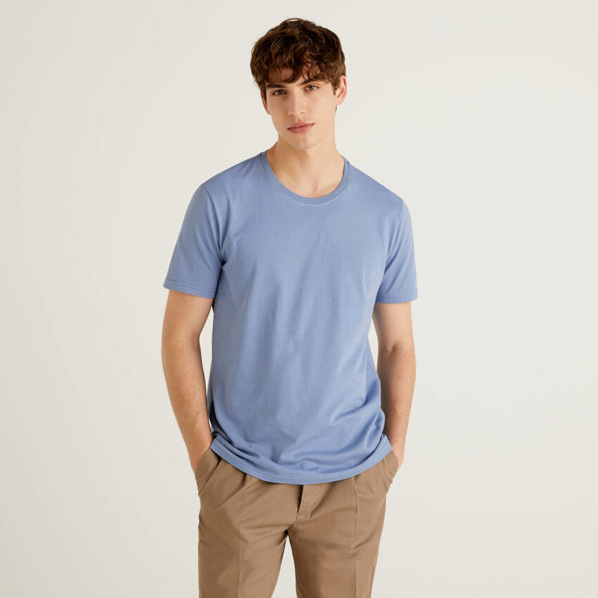 T-Shirt in Taubenblau