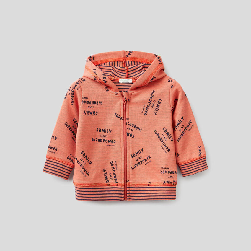 Sweatshirt aus elastischer Bio-Baumwolle mit Kapuze