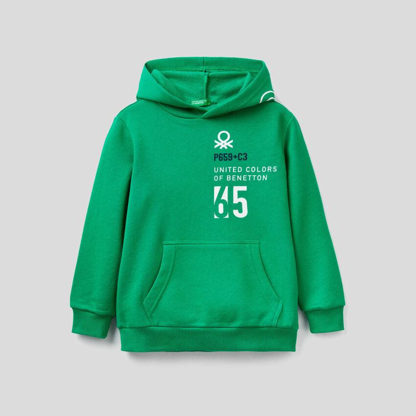 Sweat vert avec capuche