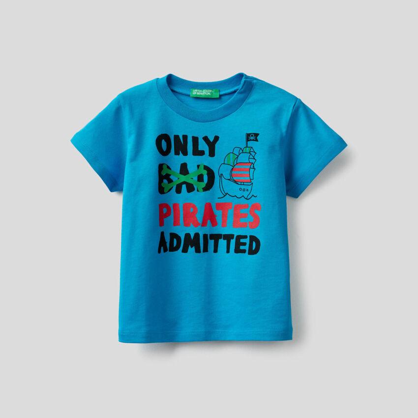 T-shirt en coton avec imprimé pirates