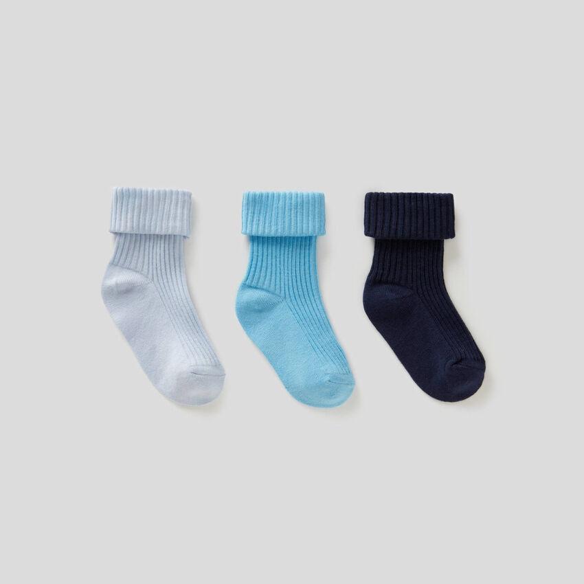 Set aus Socken mit Saumaufschlag