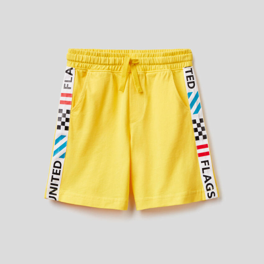 Bermudas with side bands