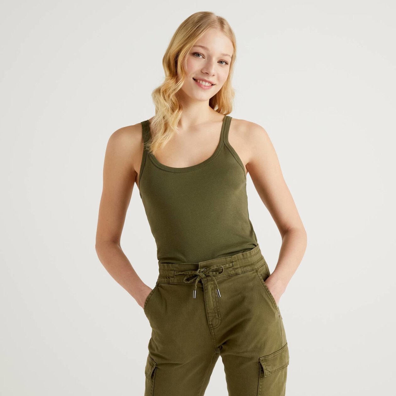 Militärgrünes Top aus reiner Baumwolle