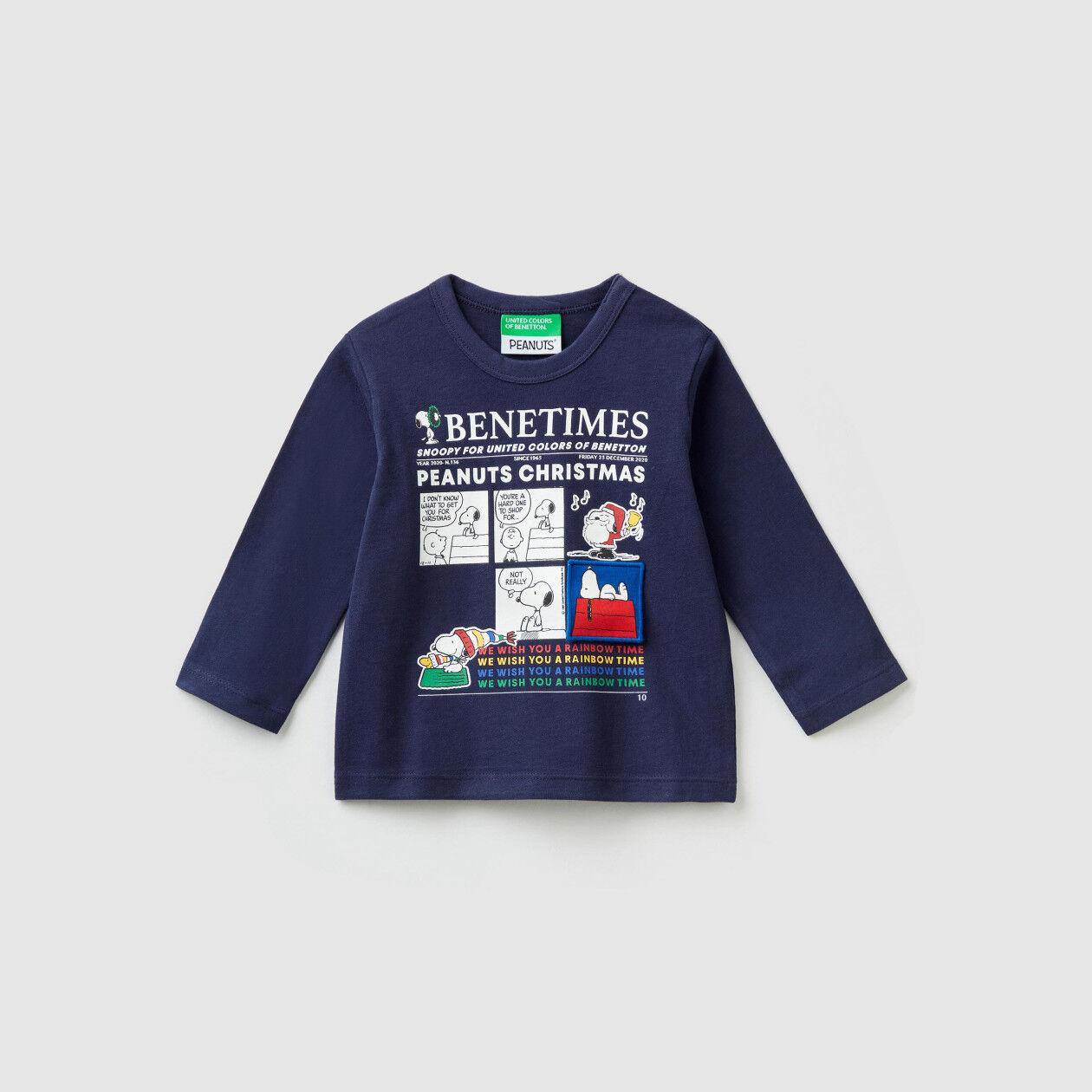 """""""Peanuts Christmas"""" t-shirt"""