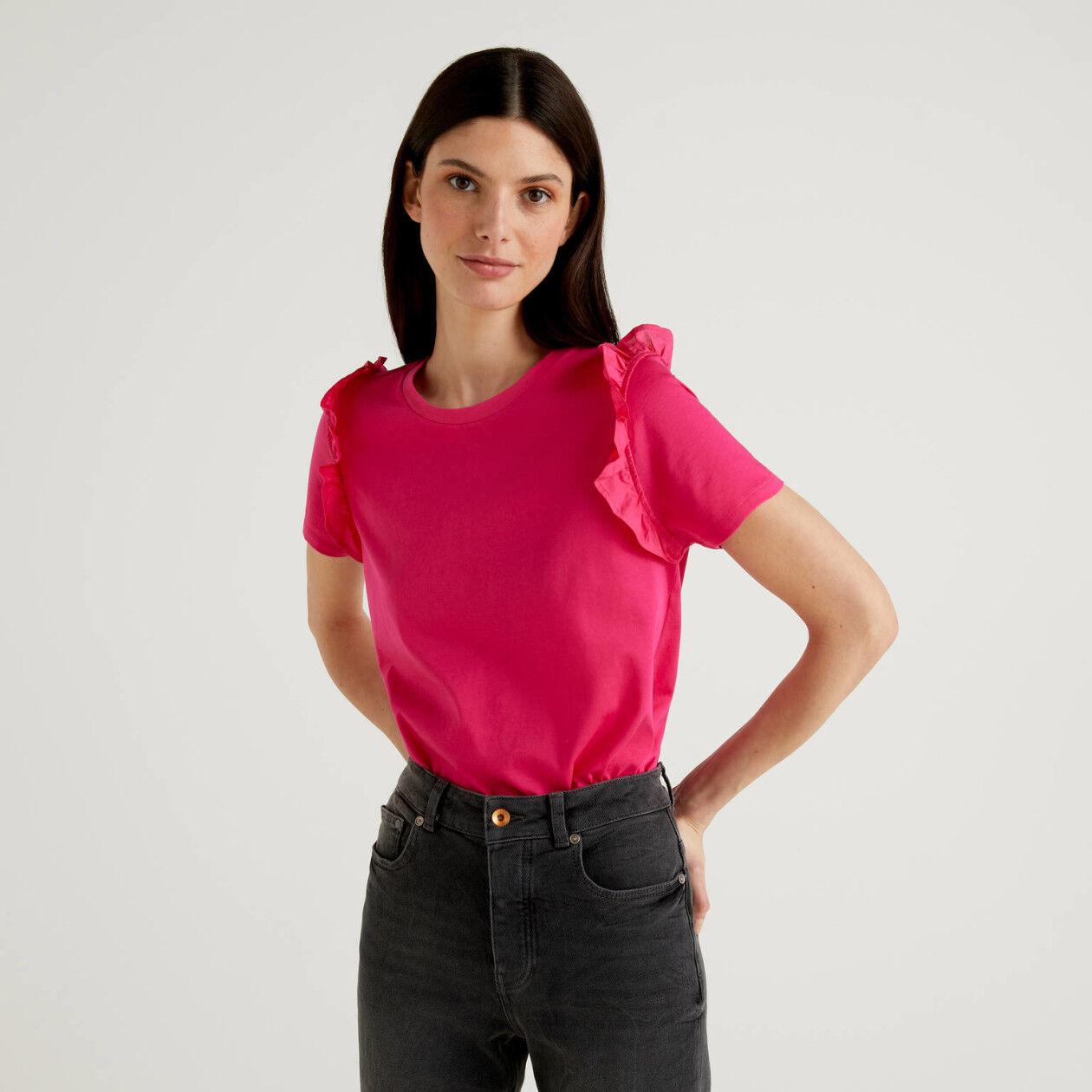 T-Shirt aus 100% Baumwolle mit Rüschen