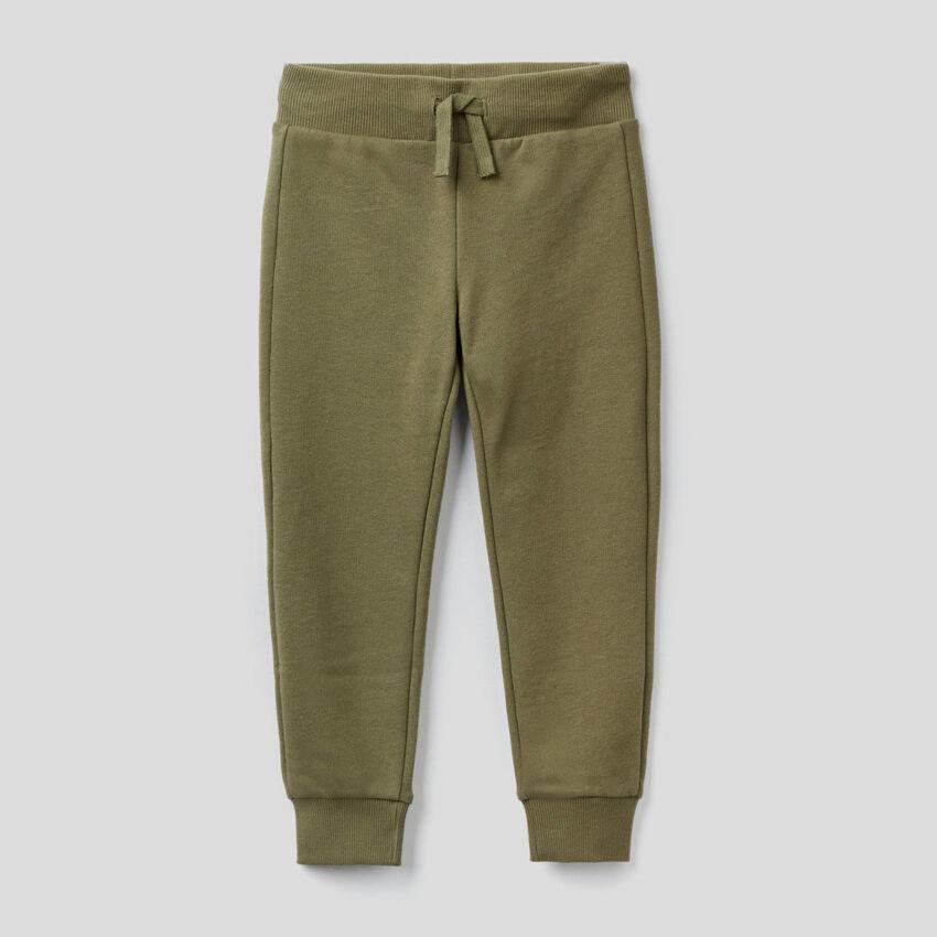 Military green sporty sweatpants