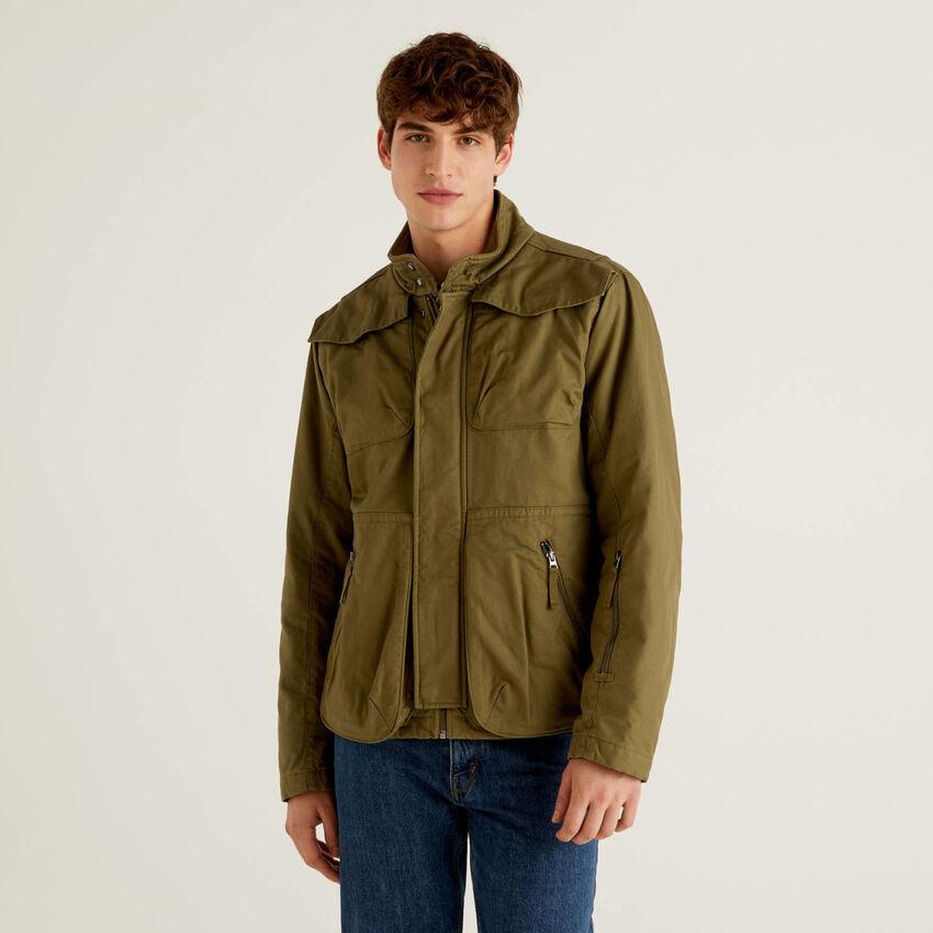 Jacke aus 100% Baumwolle mit Taschen