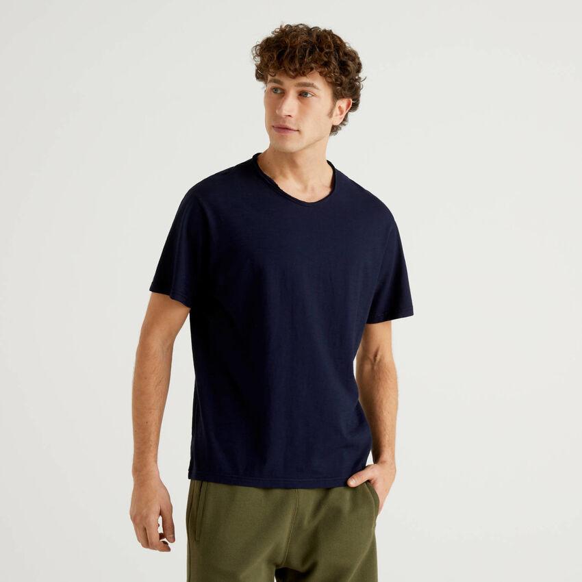 T-shirt bleu foncé en pur coton