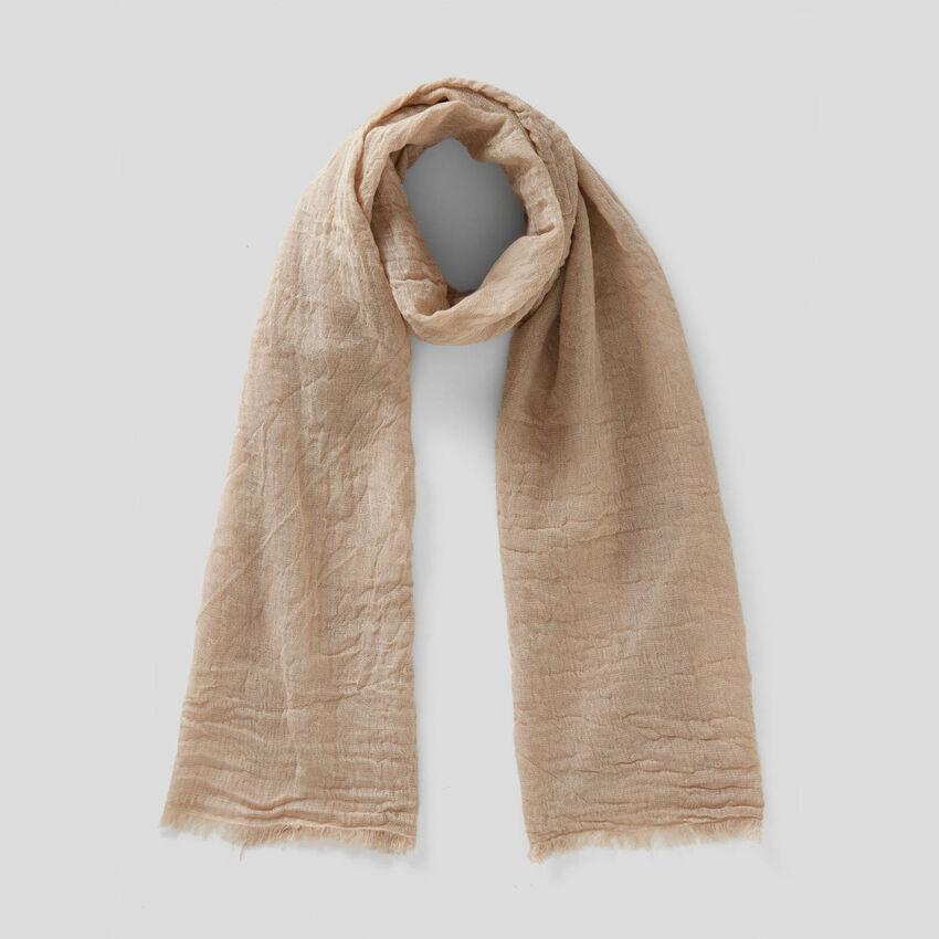 Schal aus einer Leinenmischung