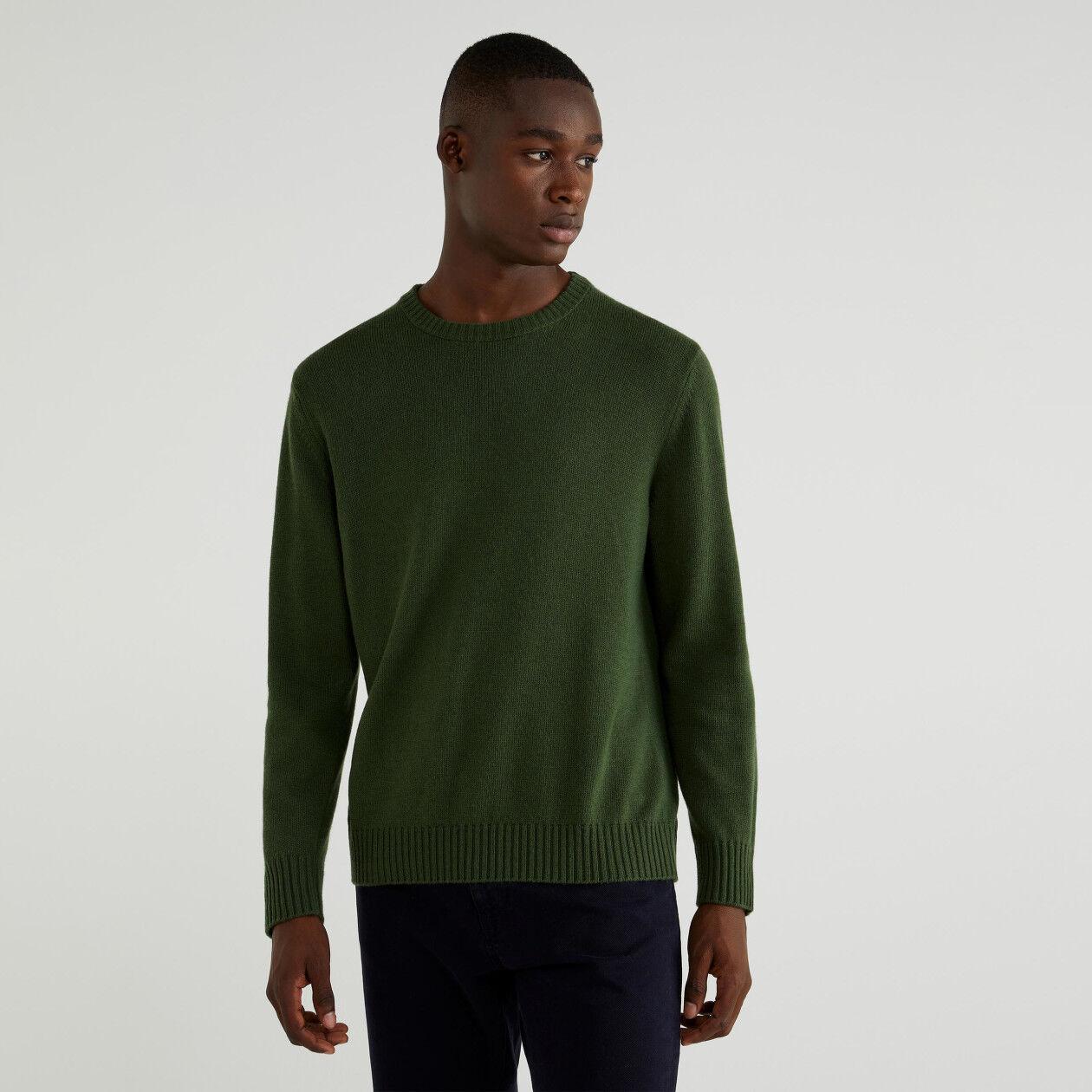 Cashmere blend crew neck sweater