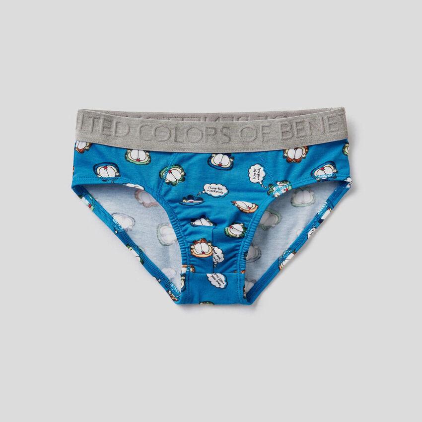 Underwear with Garfield print