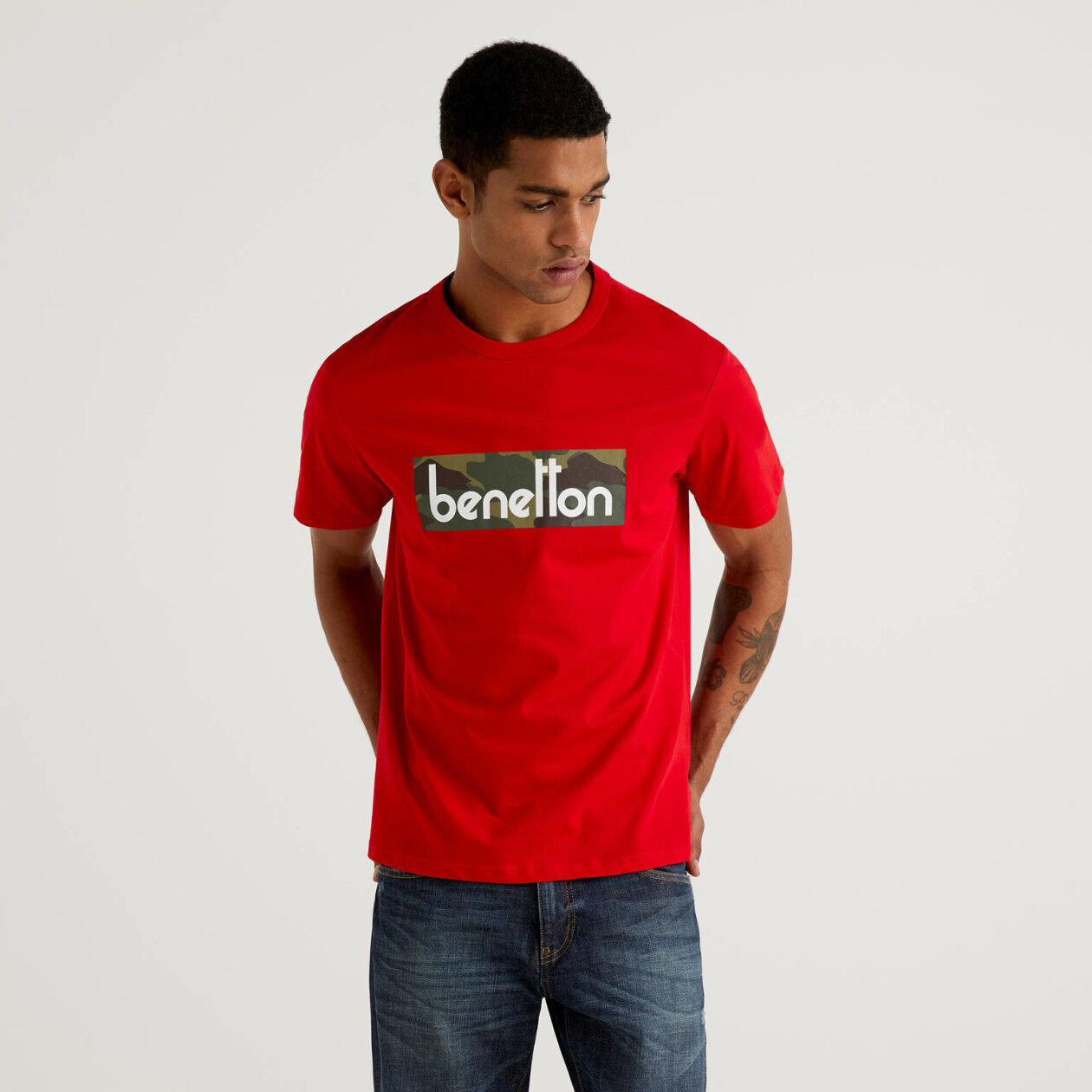 Rotes T-Shirt mit Logoprint
