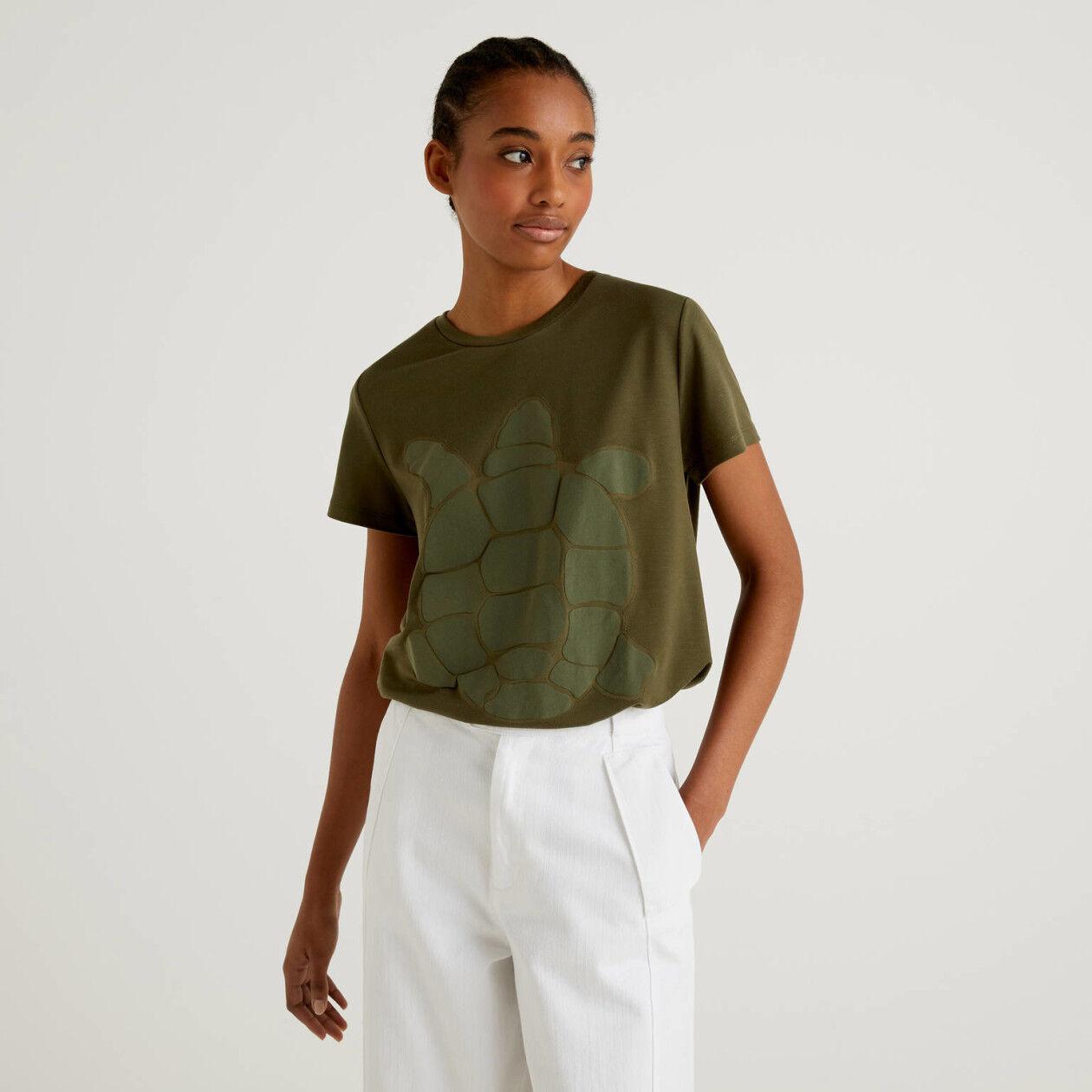 T-Shirt mit Schildkrötenprint