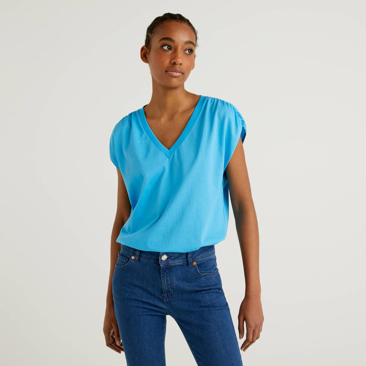 T-Shirt aus 100% Baumwolle mit kurzen Ärmeln