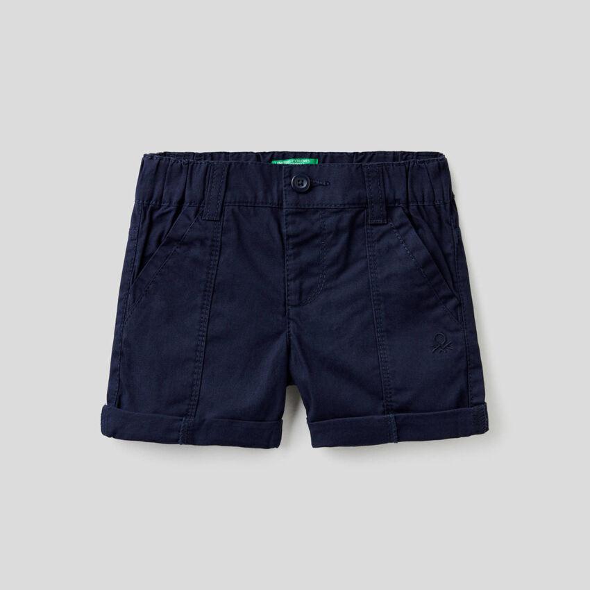 Short en toile de pur coton