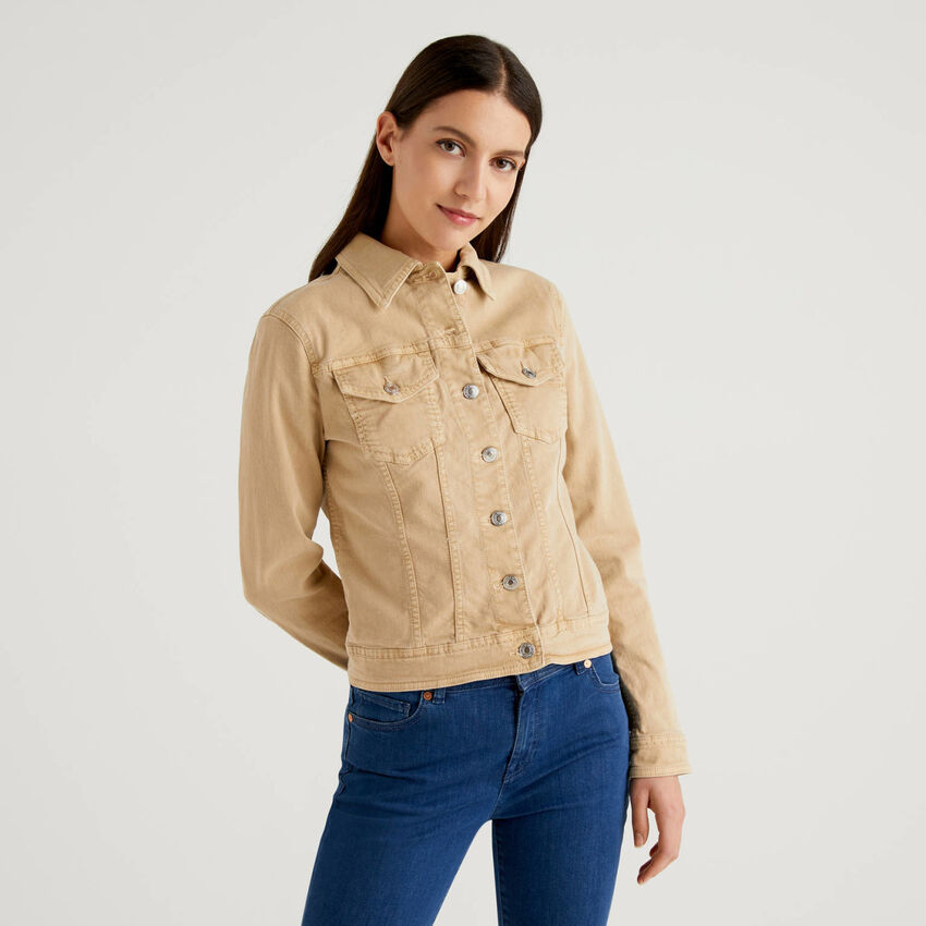 Cotton jacket with natural dye